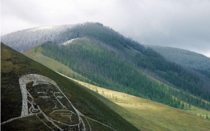 a6c41fcb21be2a5c49960c4aea1d5a56 Дархан цаазат газрууд: Ван ханы анхлан тахисан Богдхан уул